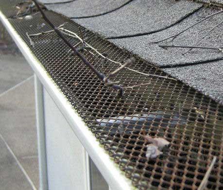 Gutter guard mesh