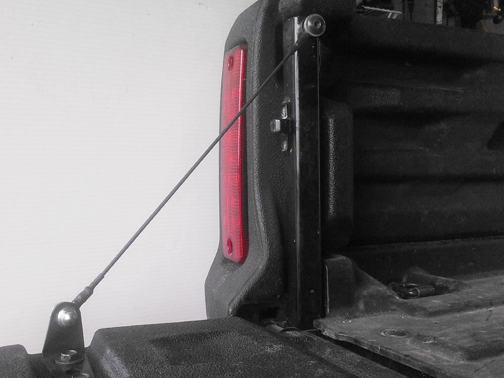 Remove tailgate cable