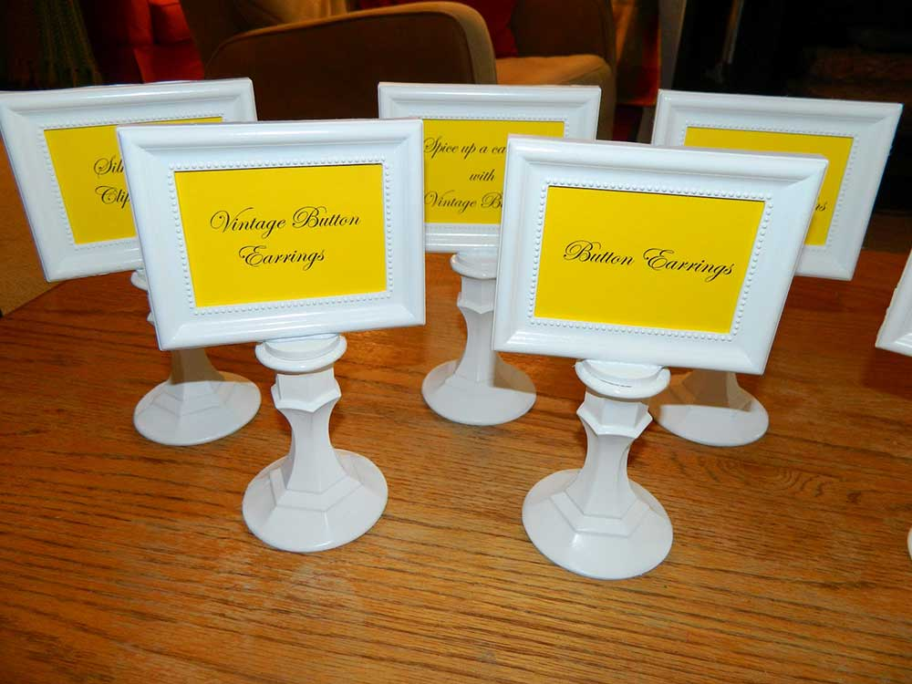 DIY Photo Frame Signs