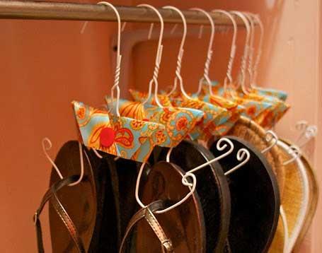 DIY closet organization Flip Flop Hanger