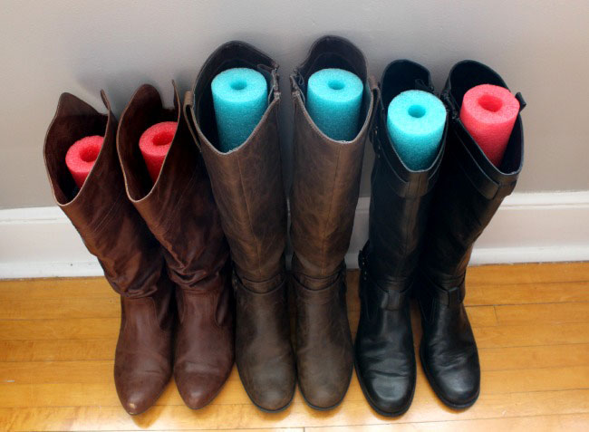 DIY closet organization Pool Noodle Boots