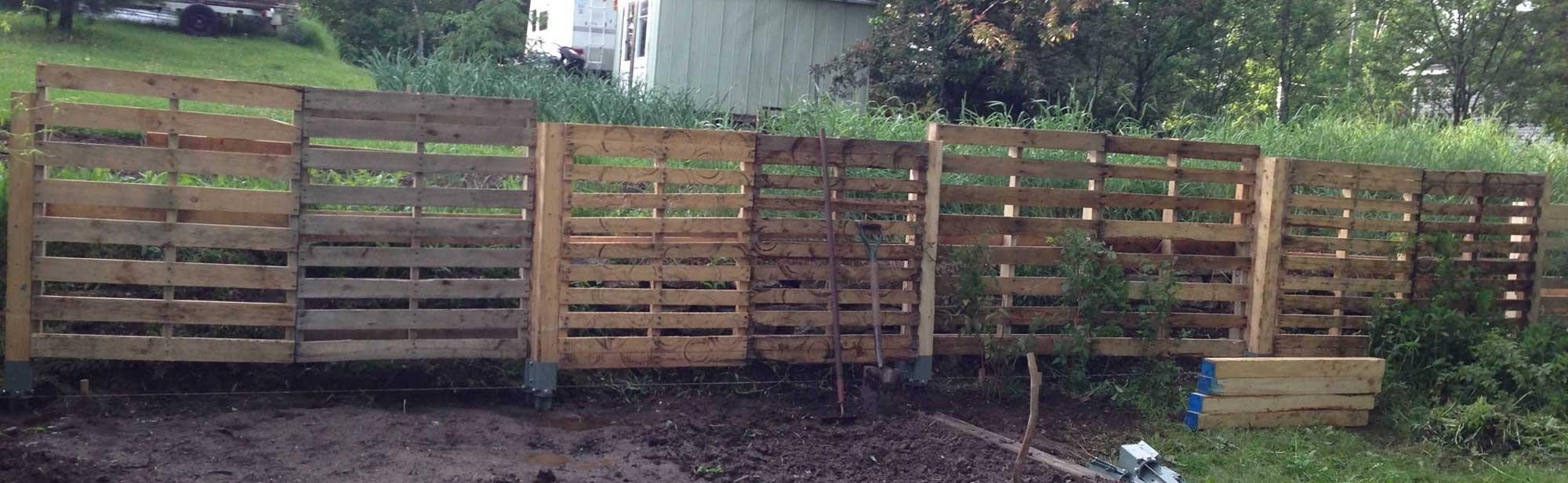 DIY Fence Pallet Posts